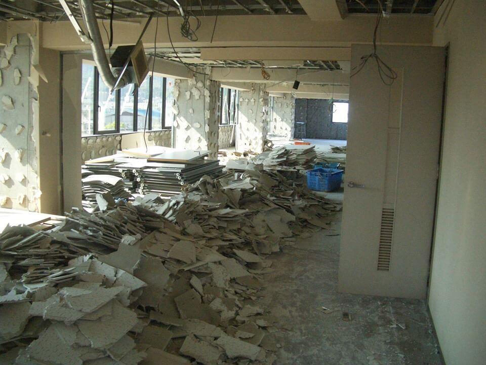 店舗やオフィスの内装解体 ① ~ 解体前に必要な作業とは ~