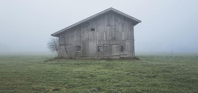 田舎の家。解体工事を考えているけれど実際にどうしていいかわからない